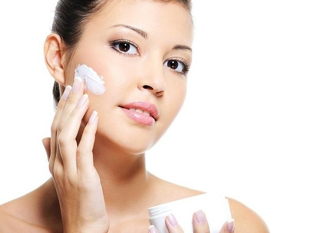Thời tiết giao mùa: Cần chú ý gì để bảo vệ làn da? - 4