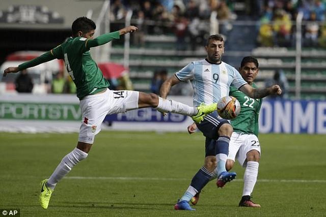 Messi đối mặt với thử thách ở độ cao 3625m - 2
