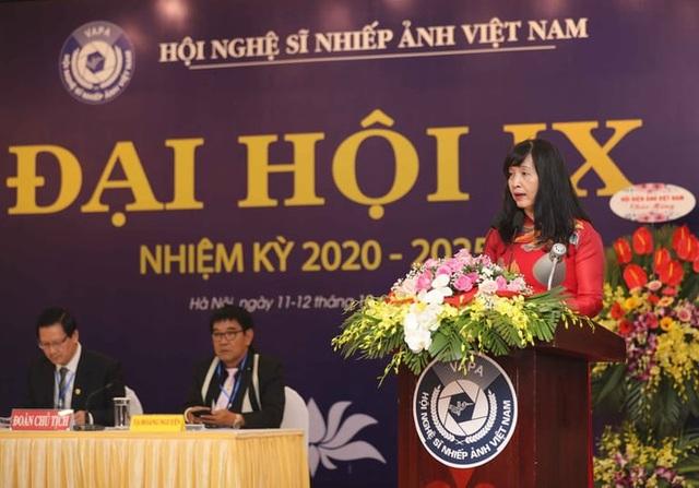 Bà Trần Thị Thu Đông đắc cử Chủ tịch Hội Nghệ sỹ Nhiếp ảnh Việt Nam - 1