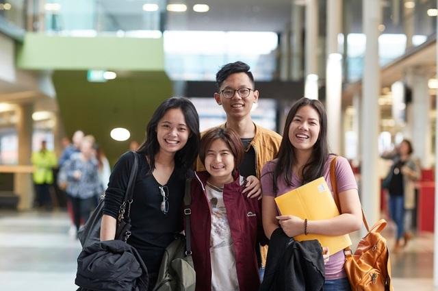 Chính phủ New Zealand từng bước mở cửa đón sinh viên quốc tế trở lại - 1