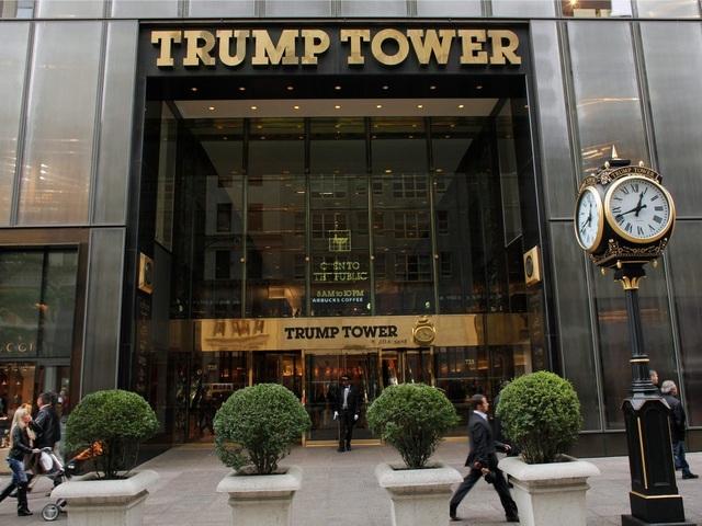 Công ty gia đình của Tổng thống Trump đang nợ chồng chất - 2