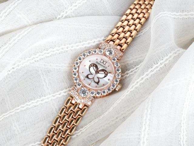 Đăng Quang Watch giảm 30% tặng ngay 20 triệu đồng tiền mặt nhân dịp 20/10 - 2