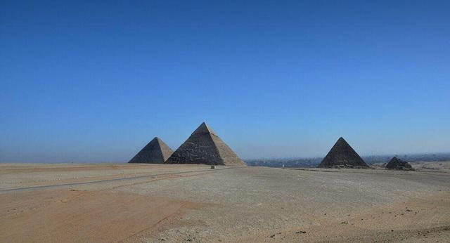 """Bí ẩn """"lỗ hổng lớn"""" của Đại kim tự tháp sắp được giải mã - 1"""
