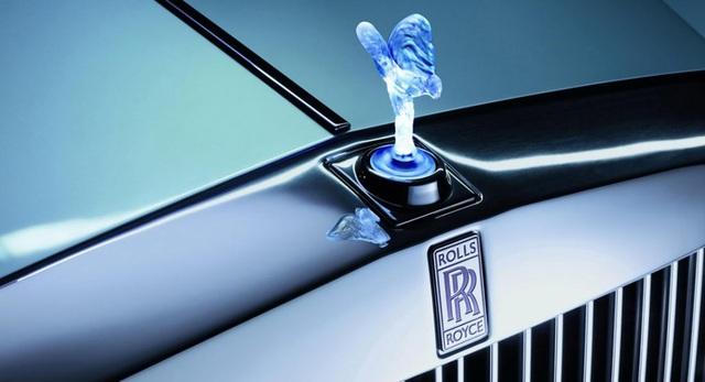 EU cấm cửa xe Rolls-Royce gắn biểu tượng phát sáng - 1