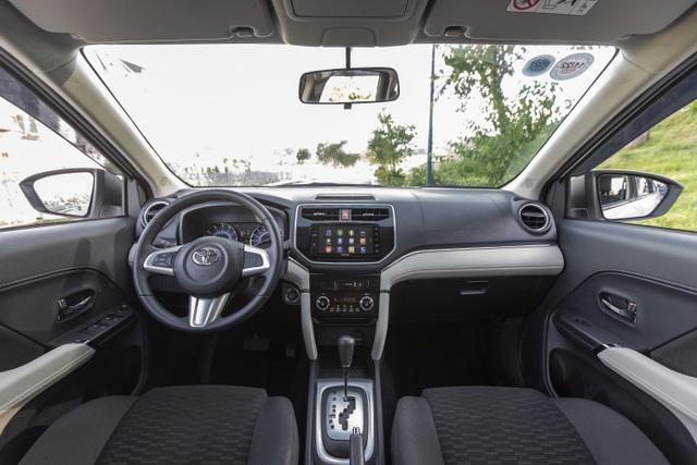 Toyota Rush - SUV 7 chỗ đáng cân nhắc cho gia đình - 2