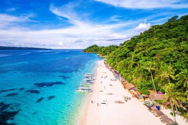 Đảo thiên đường Boracay mở cửa đón du khách trong nước và quốc tế - 2