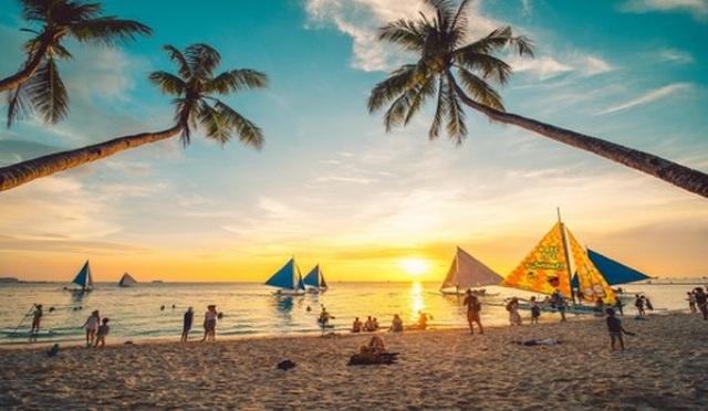 Đảo thiên đường Boracay mở cửa đón du khách trong nước và quốc tế - 4