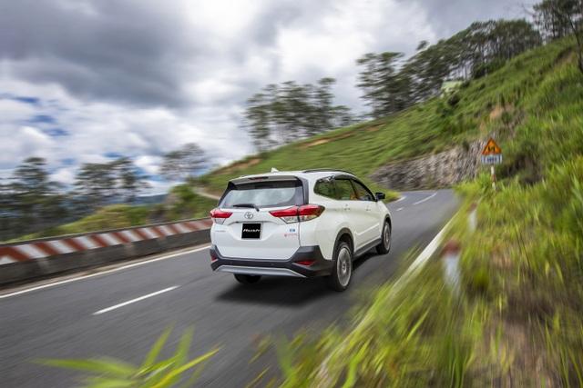 Toyota Rush - SUV 7 chỗ đáng cân nhắc cho gia đình - 4