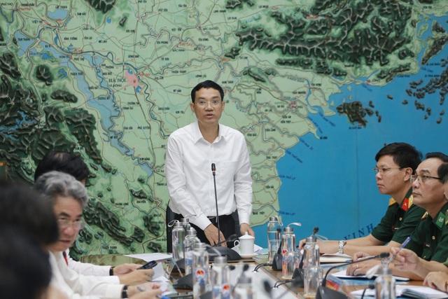 Miền Bắc và miền Trung đang trong tình thế thiên tai nguy hiểm - 2