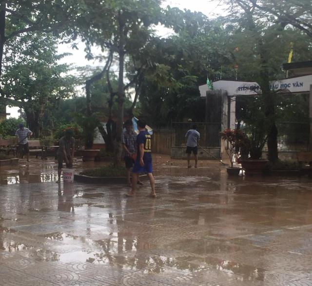 Quảng Trị: Trường học ngập sâu, toàn ngành giáo dục thiệt hại 9,5 tỷ đồng - 3