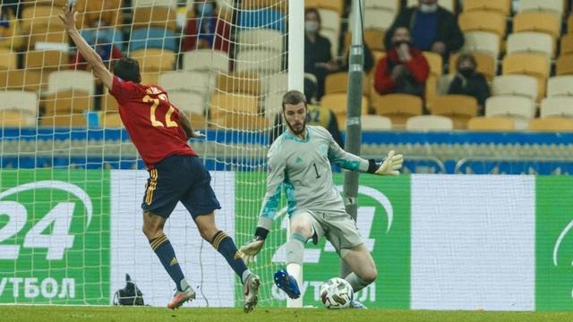 De Gea lại bị chỉ trích thậm tệ vì sai lầm ở đội tuyển Tây Ban Nha - 2
