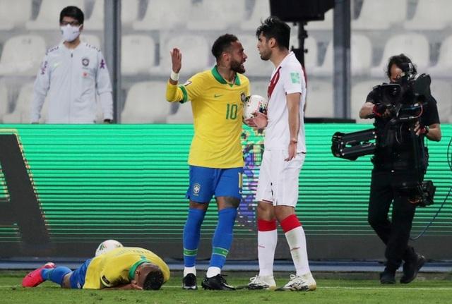 Neymar lập hattrick, Brazil giành 3 điểm trước Peru - 4