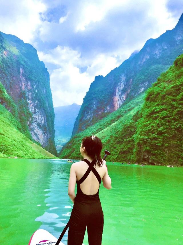 Lên Mã Pí Lèng chèo thuyền kayak, ngắm dòng sông Nho Quế thơ mộng - 8