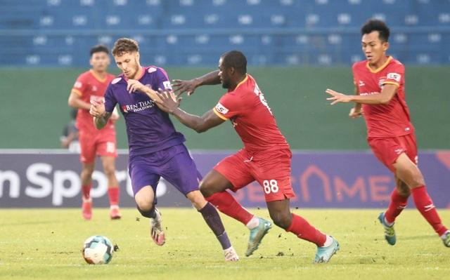Tiến Linh ghi bàn, B.Bình Dương thắng đội đầu bảng Sài Gòn FC - 1