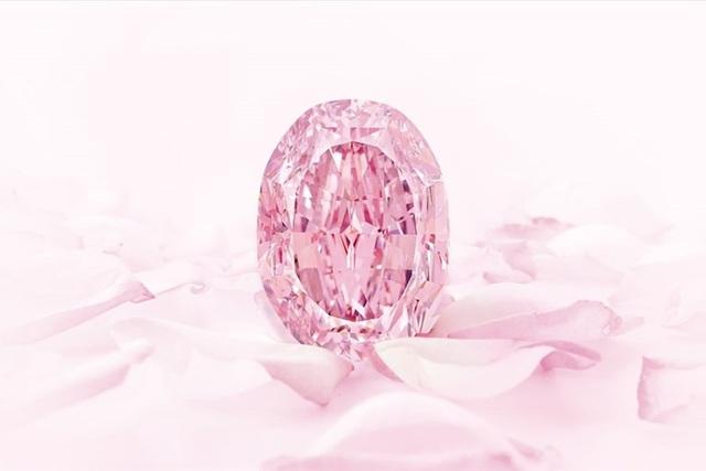 Viên kim cương hồng siêu quý hiếm có thể lên tới 38 triệu USD - 3