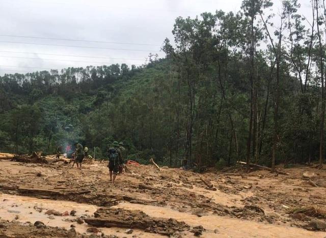 Cận cảnh nơi núi lở, Phó Tư lệnh Quân khu và 12 cán bộ mất tích ở Rào Trăng - 9
