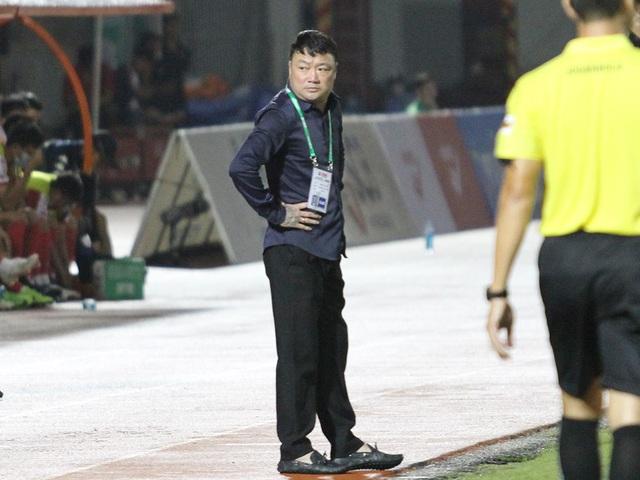Lên ngôi đầu bảng V-League, HLV CLB Viettel vẫn e ngại CLB Hà Nội - 1