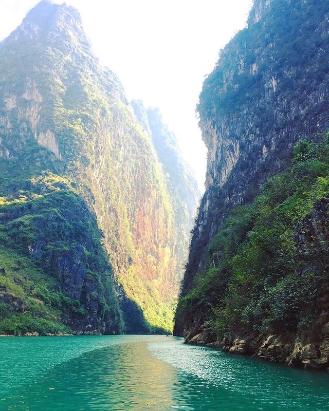 Lên Mã Pí Lèng chèo thuyền kayak, ngắm dòng sông Nho Quế thơ mộng - 6