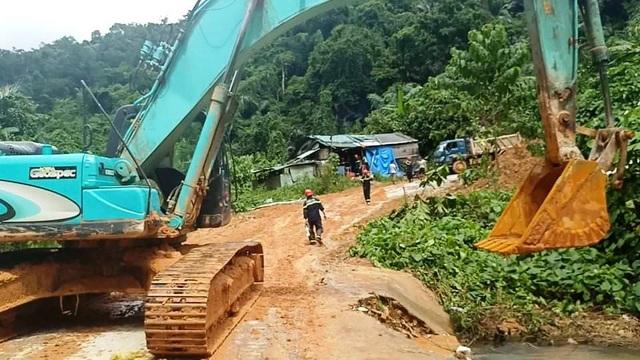 Công an tiếp cận thủy điện Rào Trăng 3, không còn dấu vết nhà điều hành - 9