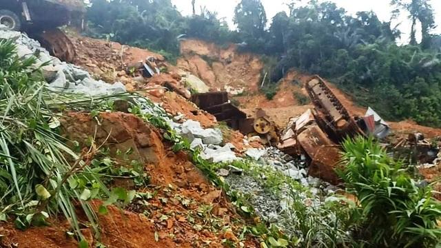 Công an tiếp cận thủy điện Rào Trăng 3, không còn dấu vết nhà điều hành - 18