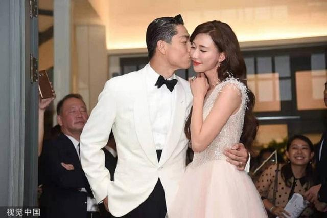 Vợ chồng siêu mẫu Lâm Chí Linh vẫn muốn có con một cách tự nhiên - 1