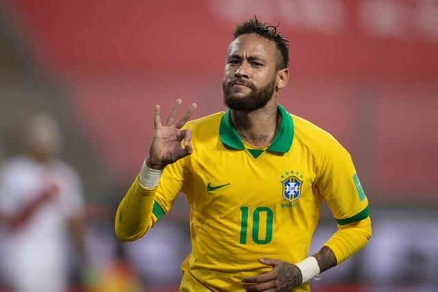"""Neymar vượt mặt Ronaldo """"béo"""", chỉ còn kém Vua bóng đá Pele - 1"""