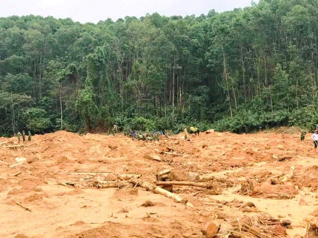 Cận cảnh nơi núi lở, Phó Tư lệnh Quân khu và 12 cán bộ mất tích ở Rào Trăng - 12