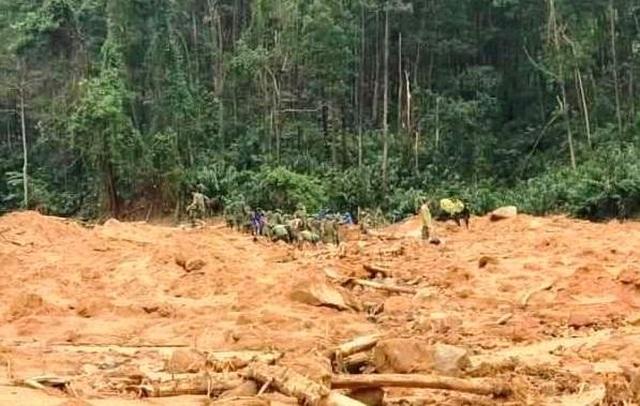 Cận cảnh nơi núi lở, Phó Tư lệnh Quân khu và 12 cán bộ mất tích ở Rào Trăng - 4