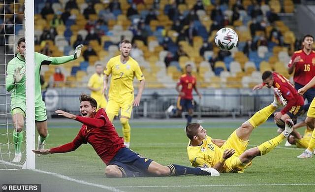 Tây Ban Nha thua sốc Ukraine, Đức hòa thất vọng Thụy Sỹ - 3