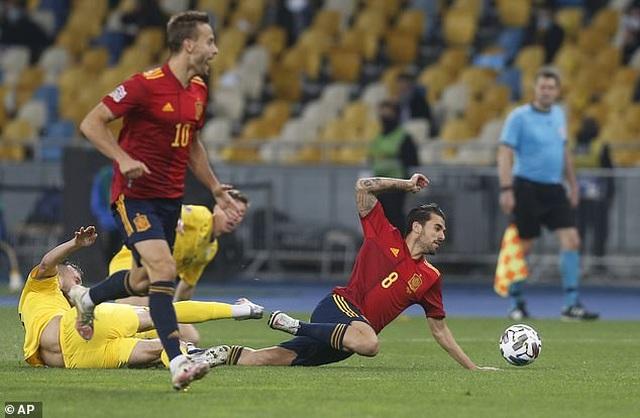 Tây Ban Nha thua sốc Ukraine, Đức hòa thất vọng Thụy Sỹ - 7