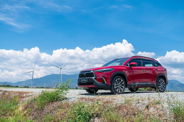"""Toyota Corolla Cross - """"thế lực mới"""" trong phân khúc SUV đô thị tại Việt Nam - 4"""
