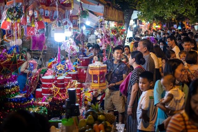 Báo Mỹ: Việt Nam tăng trưởng kinh tế ấn tượng - 1