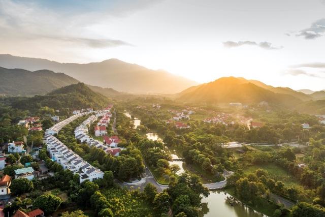 Bất động sản nghỉ dưỡng Hòa Lạc: Đủ xa, vừa gần - 2