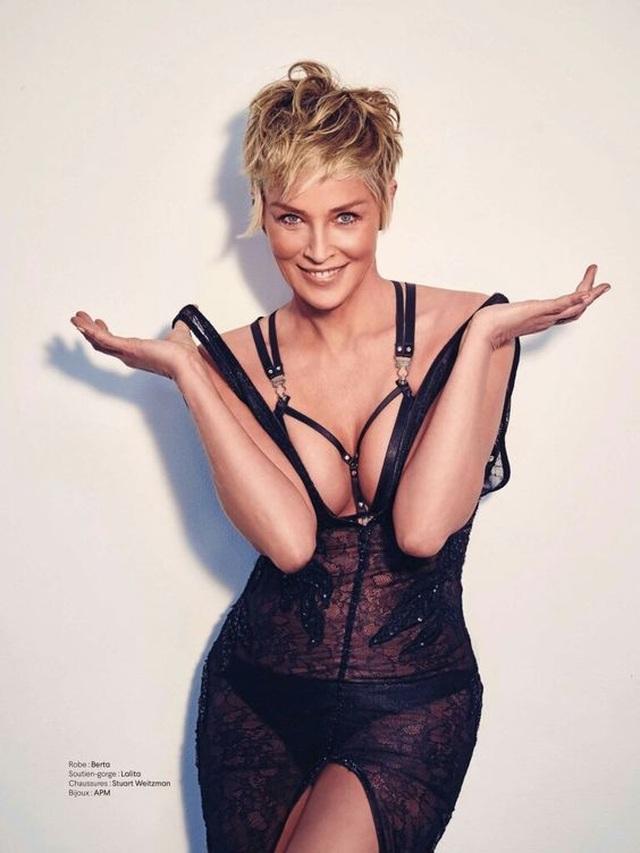 Sharon Stone tiết lộ lý do chụp ảnh mát - 4