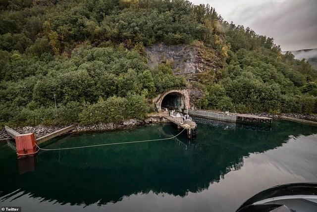 Mỹ muốn thuê căn cứ tàu ngầm nằm sát Nga - 3