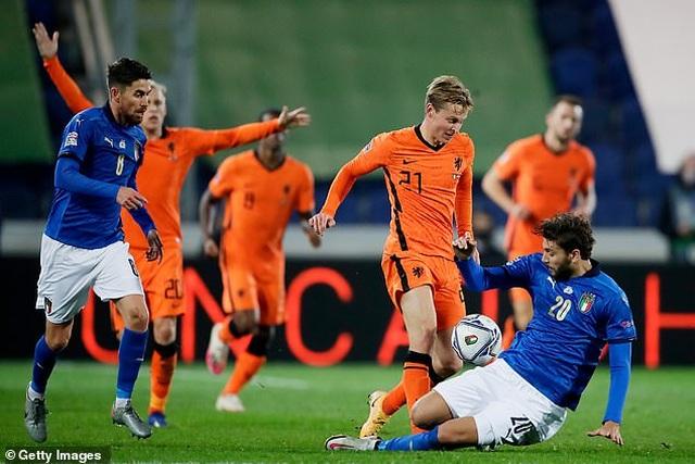 """Van De Beek """"nổ súng"""", Hà Lan bất phân thắng bại với Italia - 4"""