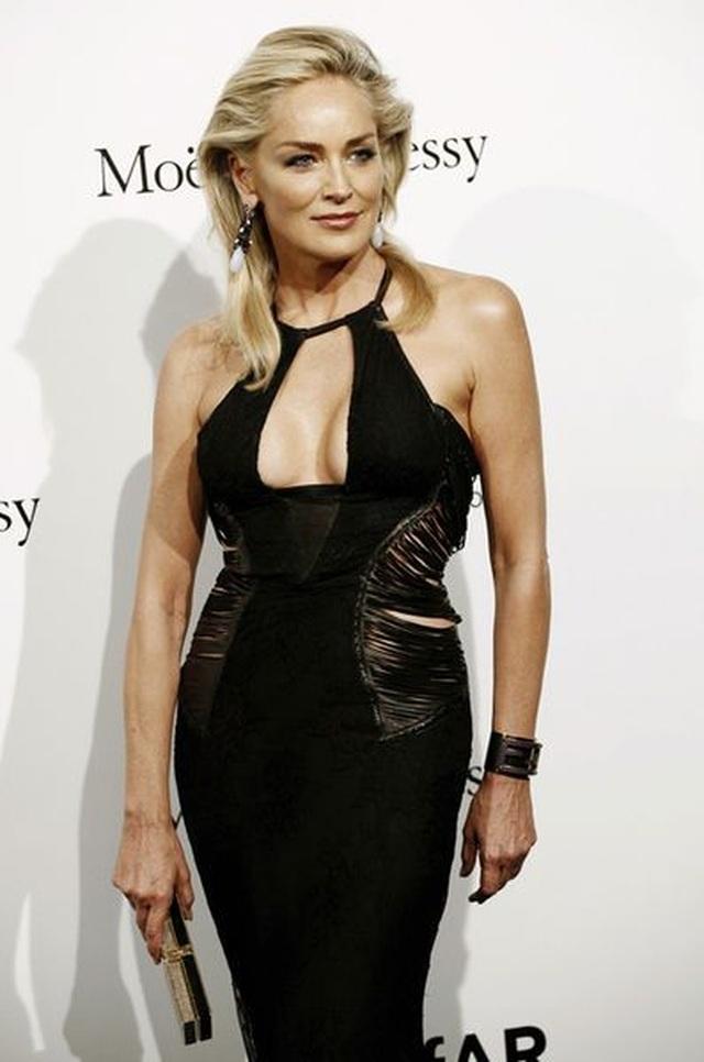 Sharon Stone tiết lộ lý do chụp ảnh mát - 7