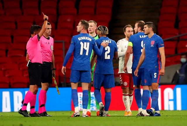 Maguire bị đuổi, tuyển Anh thua đau trước Đan Mạch - 5