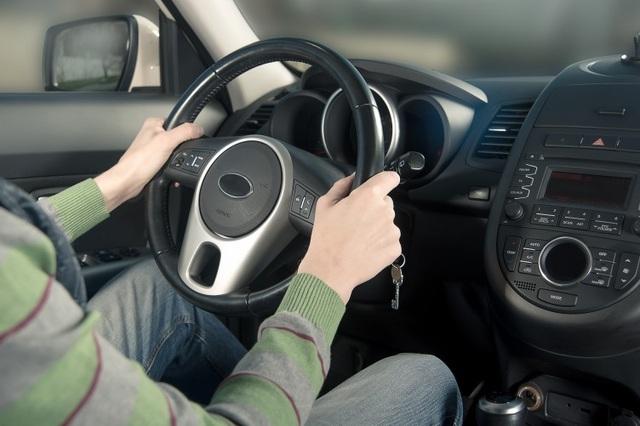 Chỉnh ghế lái như thế nào để ngồi lái xe liền vài giờ không mỏi? - 4