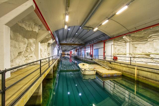 Mỹ muốn thuê căn cứ tàu ngầm nằm sát Nga - 8