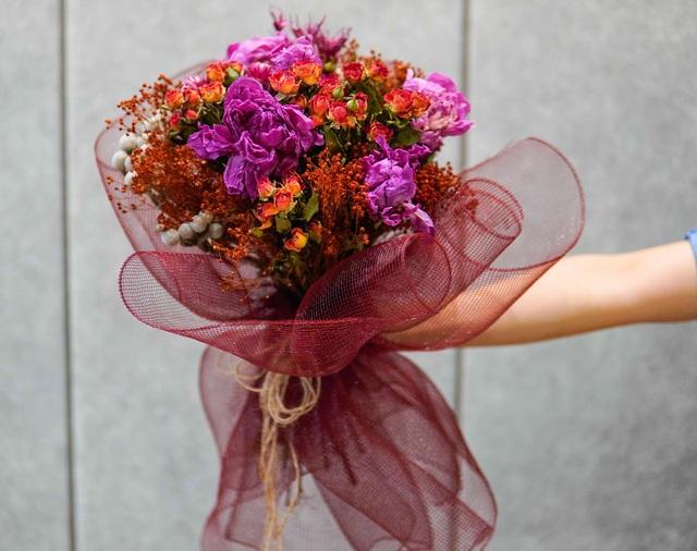 Sửng sốt về cây hoa giấy độc nhất vô nhị ở Việt Nam có giá hàng tỷ đồng - 2