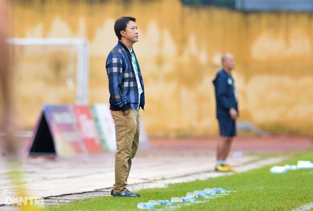 HLV Nguyễn Thành Công thất bại trong ngày tái ngộ CLB Thanh Hóa - 1
