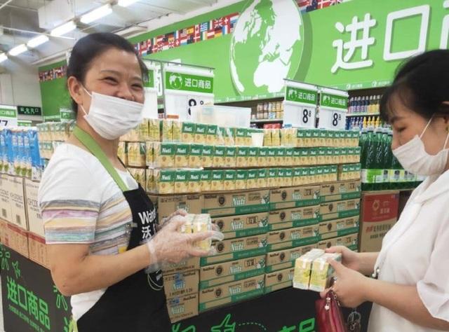 Thương hiệu sữa đầu tiên của Việt Nam có mặt trên kệ hàng Walmart - 2