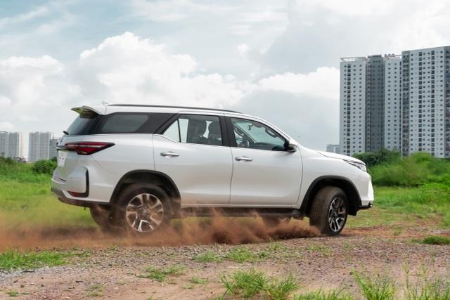 Lý giải sức hút mạnh mẽ của Toyota Fortuner 2020 - 2