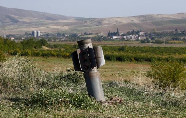 Azerbaijan tuyên bố phá hủy số vũ khí trị giá 1 tỷ USD của Armenia - 1