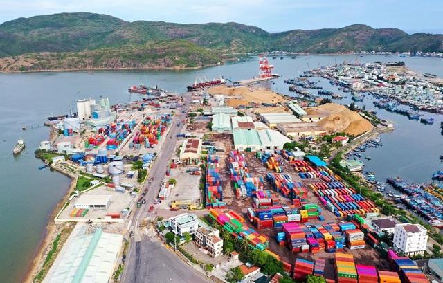 Bình Định đưa Quy Nhơn trở lại vị trí cảng biển hàng đầu miền Trung - 5