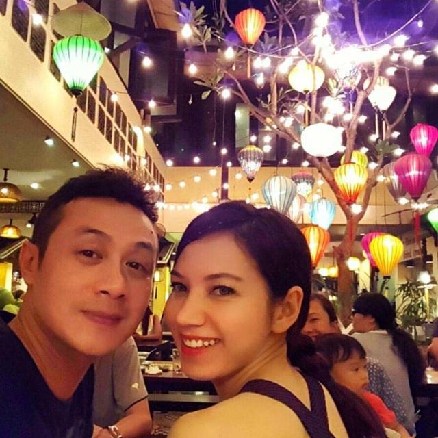 Bất ngờ vợ kém 14 tuổi của MC Anh Tuấn bị khui ảnh hiếm hoi mặc bikini bỏng mắt dân tình - 11