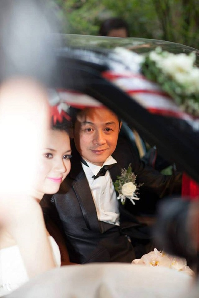 Bất ngờ vợ kém 14 tuổi của MC Anh Tuấn bị khui ảnh hiếm hoi mặc bikini bỏng mắt dân tình - 6