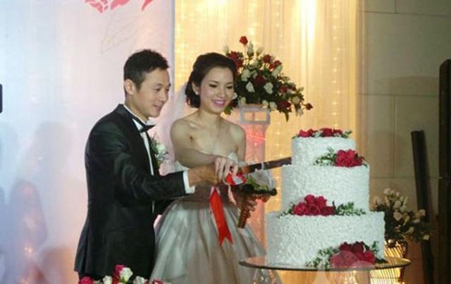 Bất ngờ vợ kém 14 tuổi của MC Anh Tuấn bị khui ảnh hiếm hoi mặc bikini bỏng mắt dân tình - 8