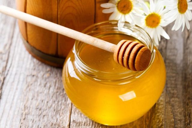 Phân biệt mật ong thật – giả: Không thể đánh giá bằng cảm quan bên ngoài - 1